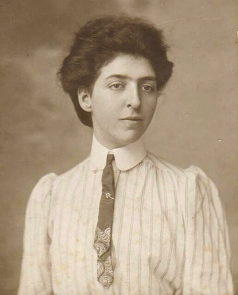 Edith as a young woman