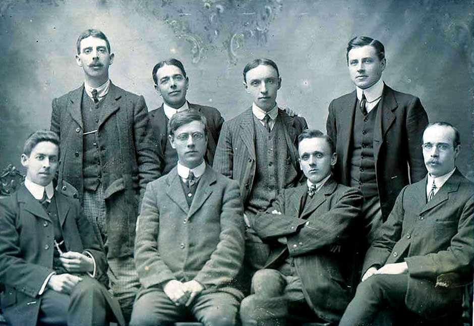 Campbeltown Assts 1908-9.  Stewart Child stands at the left end of the row.